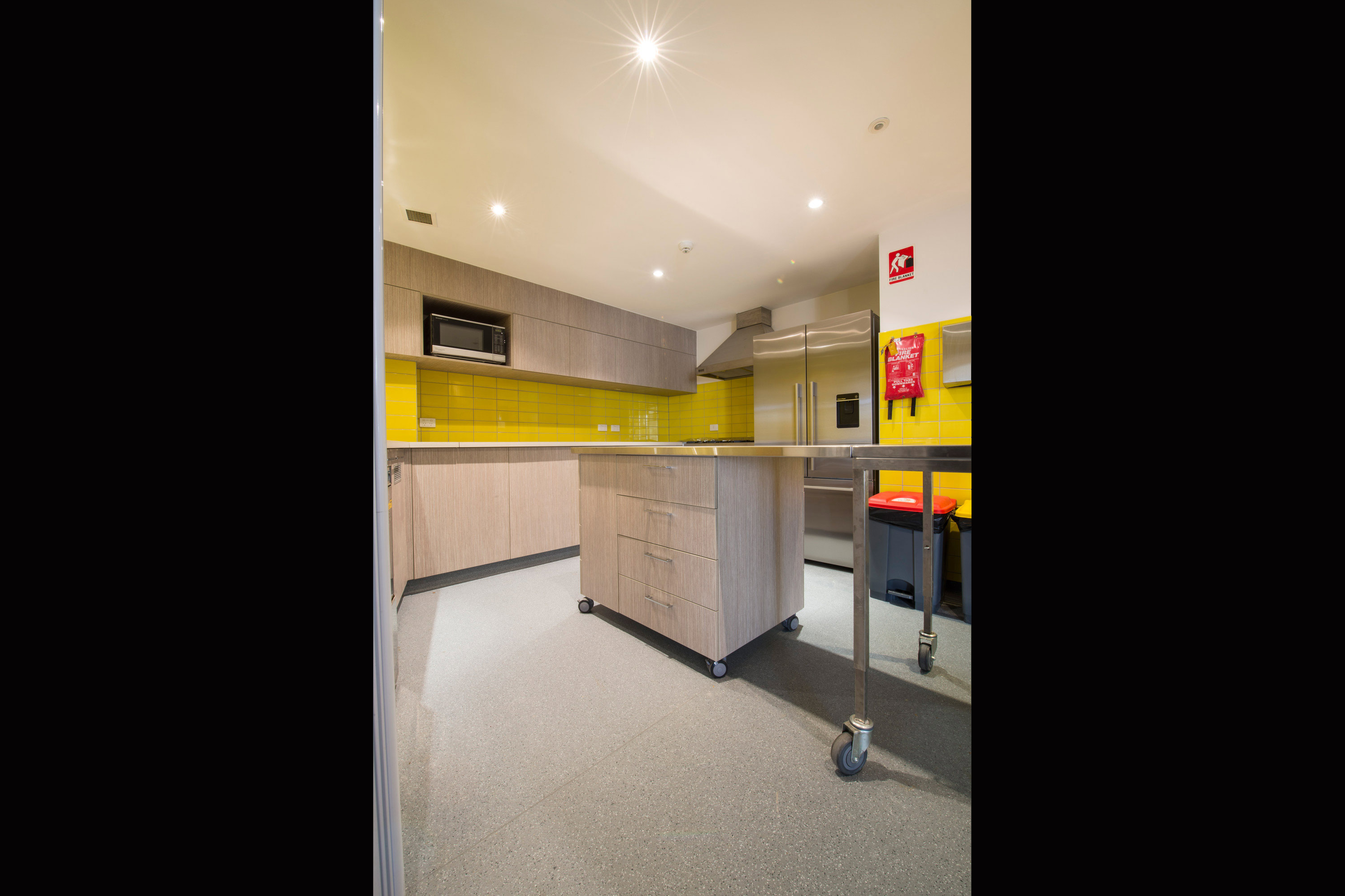 Commercial interior design melbourne in2 space - Commercial kitchen designer ...